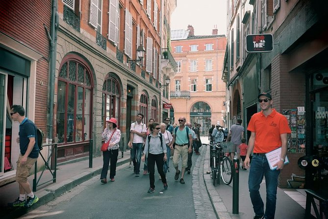 Toulouse Sightseeing Walking Tour with a Local