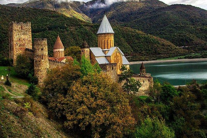 Full Day tour to Stepantsminda (Kazbegi) and Mtskheta