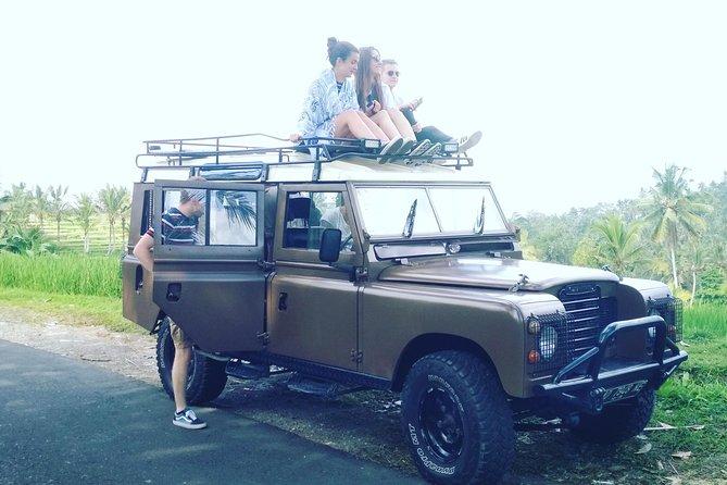 Bali classic Land Rover Trip. Customized tour