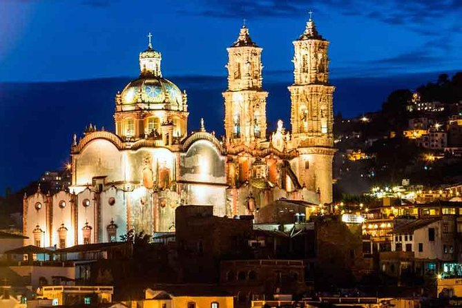 Thrifty combo 2 Days visiting Basilica of Guadalupe, Pyramids, Cuernavaca, Taxco photo 6