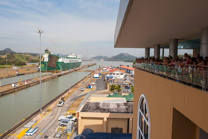 Excursão turística pelo canal do Panamá e cidade, incluindo bloqueios em Miraflores