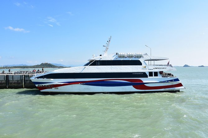 Surat Thani Tapee Pier to Koh Samui by Lomprayah High Speed Catamaran