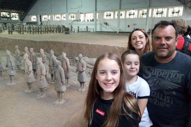 Xi'an Day Trip Terracotta Warriors and City from Chengdu by Train and Flight