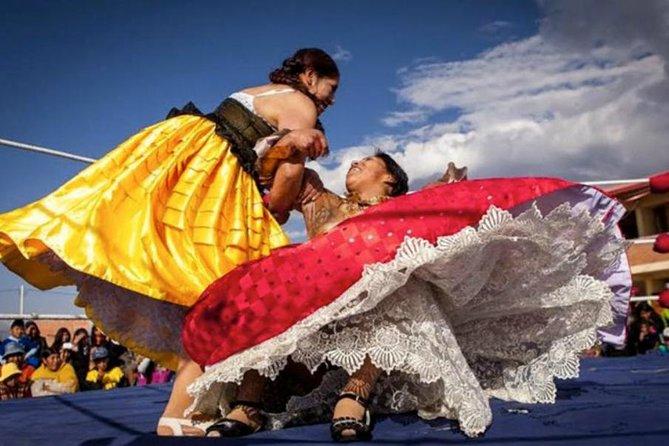 The cholitas wrestling show