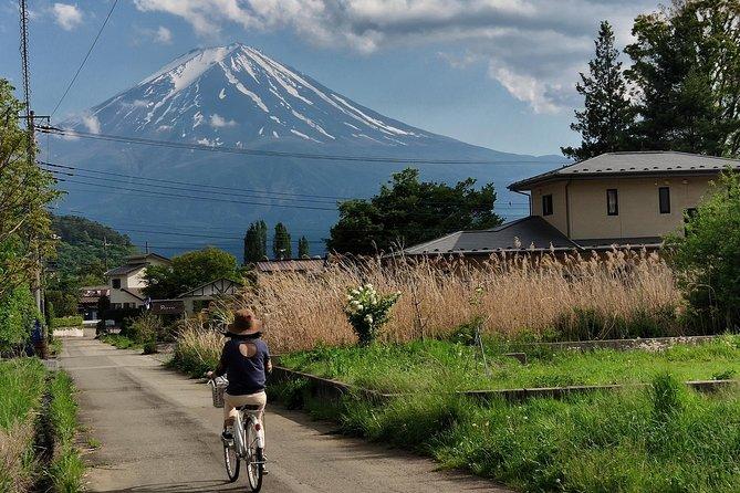 Day Trip To Kawaguchi-Ko, Fuji's Neighbor