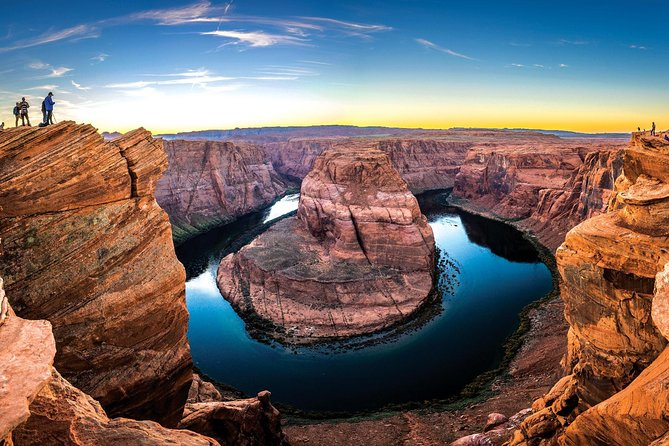 Antelope Canyon and Horseshoe Bend Day Trip from Sedona