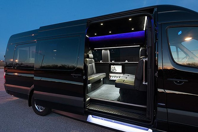 Luxury VIP New York City Airport Departure Group Transfer by Sprinter WIFI