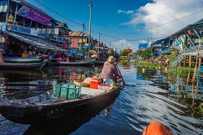 Explore The Kampong Pluk Floating Village