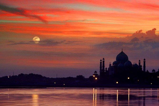 Sunrise Taj Mahal Tour by Car from Delhi