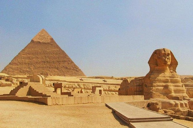Half Day Tour to Giza Pyramids and Sphinx