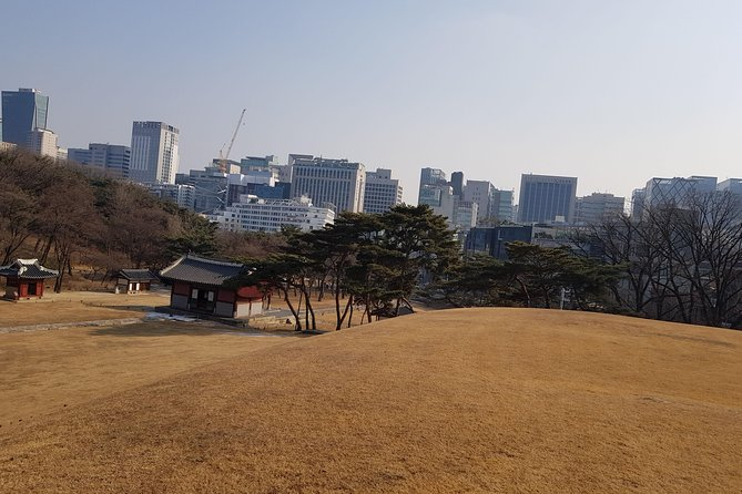 A Private Walking Tour in Gangnam of Seoul photo 8