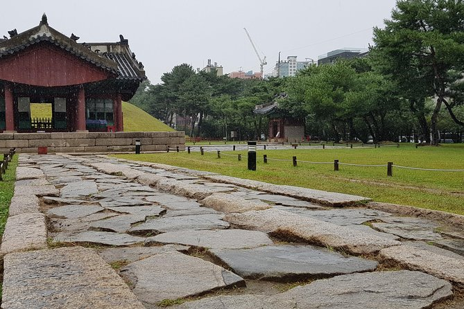 A Private Walking Tour in Gangnam of Seoul photo 6