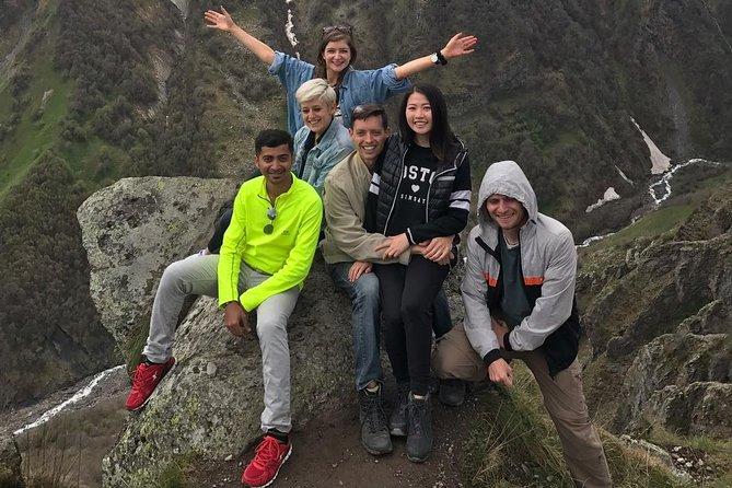 Budget-Friendly Sunday Group Tour to Kazbegi from Tbilisi