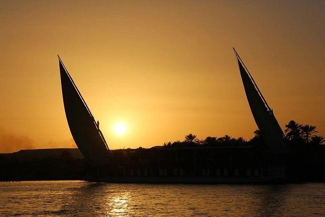 Cairo:2-Hour Felucca Ride on the Nile with Transfers