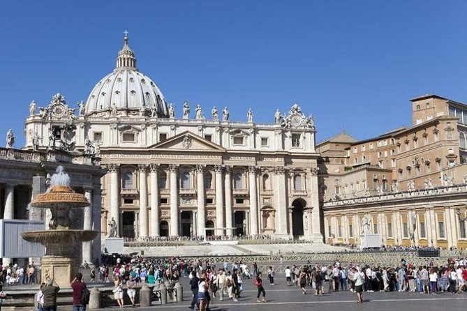 VIP Private Vatican Early Entry Tour - Beat the Crowds Ticket + Pick-Up/Drop-Off