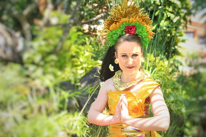 Balinese Costume Completed with Balinese Dance