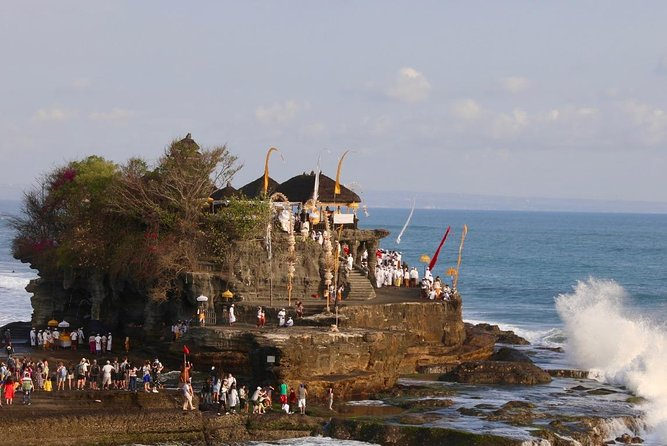 Sunset in Bali with dance and seafood dinner