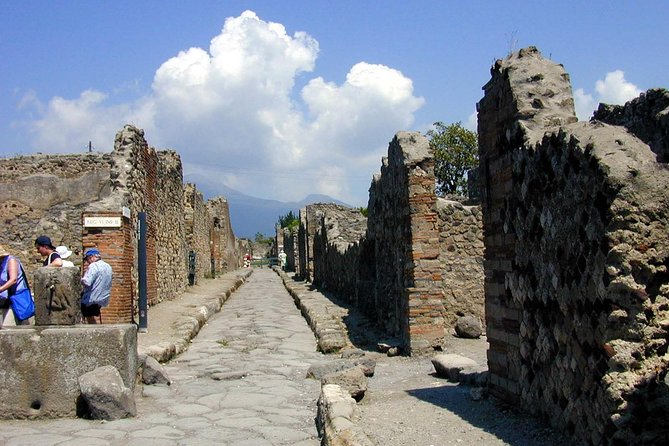 Pompeii and Mount Vesuvius SELECT tour from Sorrento