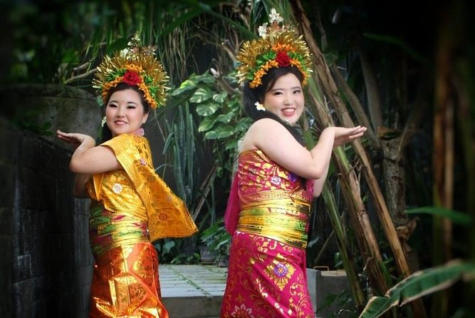 Balinese Costume Completed with Balinese Dance photo 4