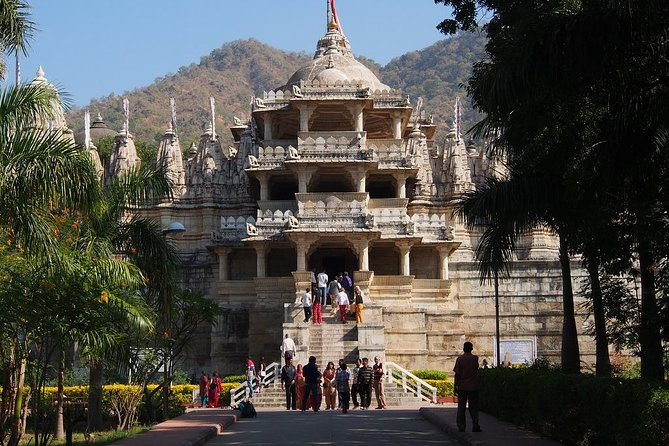Transfer from Jodhpur to Udaipur via Jain Temple in Ranakpur
