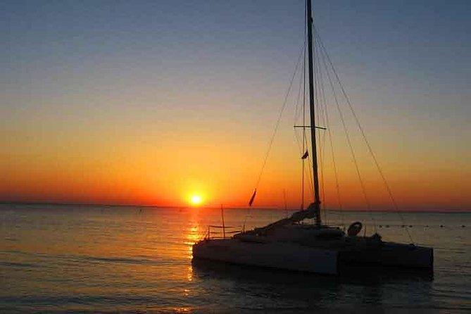 Roatan Sunset Catamaran Tour with Transfer