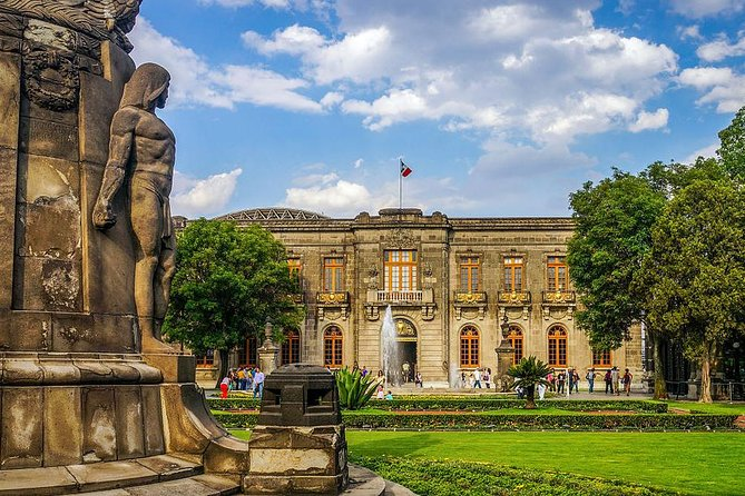 Mexico City: Chapultepec Castle & Anthropology Museum Private Tour