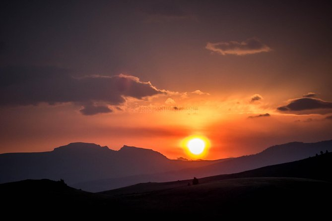 Scenic Sunrise Tour of Grand Teton National Park