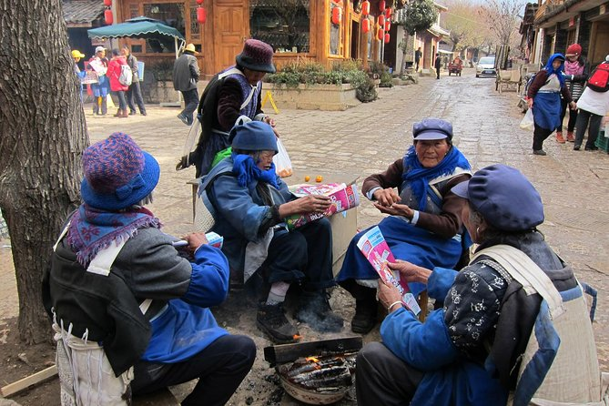 4-Day Private Yunnan Tour Package from Beijing to Lijiang and Kunming