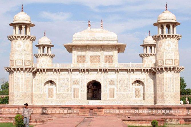 2 Days Taj Mahal Tour From Delhi