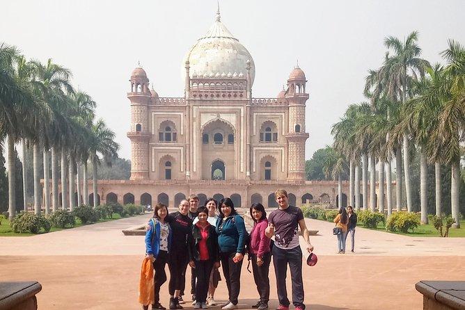 Explore Delhi with best tour guide
