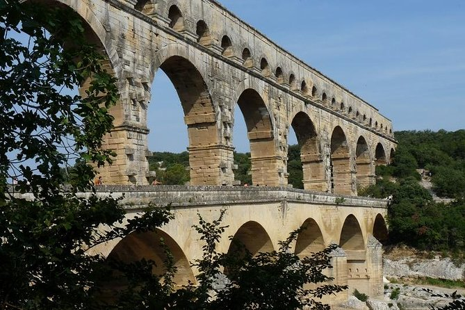 Saint Remy, Les Baux and Pont du Gard Small Group Day Trip