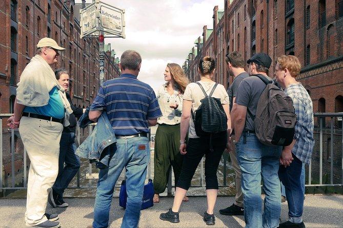 Recorrido privado: Recorrido a pie por Speicherstadt y HafenCity en Hamburgo