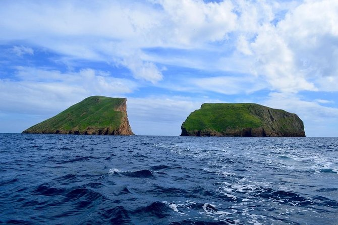 Boat Tour to Cabras Islets (2 hours) photo 1