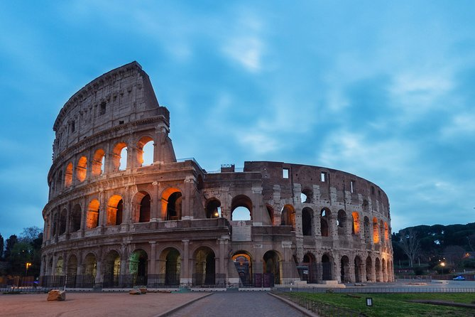Colosseum by Night: VIP Underground and Arena Moonlight Tour