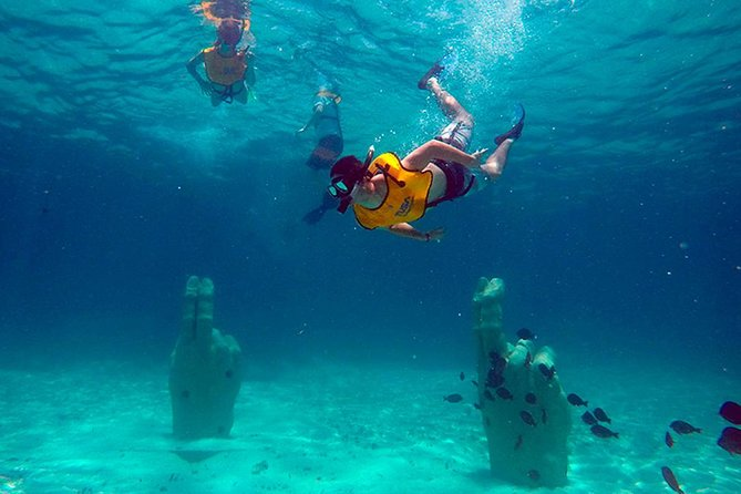 Basic Snorkel Underwater Museum in Cancun photo 6