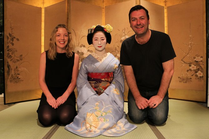 Mesmerizing Dinner with Maiko & Geisha