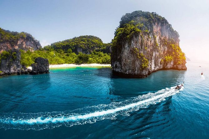 Private Exclusive Speed Boat To Phi Phi and Phang Nga Bays
