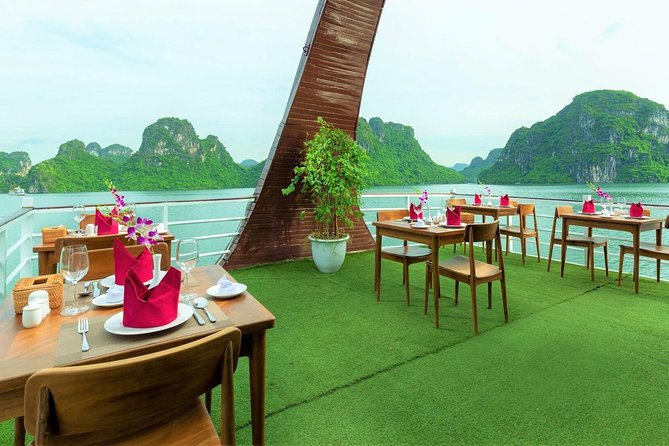Halong Bay Full Day Amazing Luxury Sails photo 9