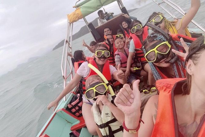 Island adventure, discover the island and snorkelling with a small group