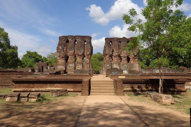 Polonnaruwa Ancient City, Day Tour From Sigiriya.