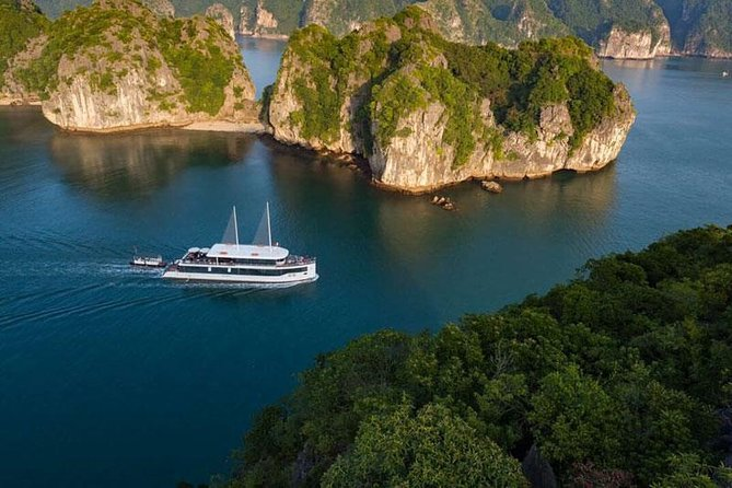 THE MOST LUXURIOUS HA LONG BAY DAY TRIP - JADESAILS CRUISE