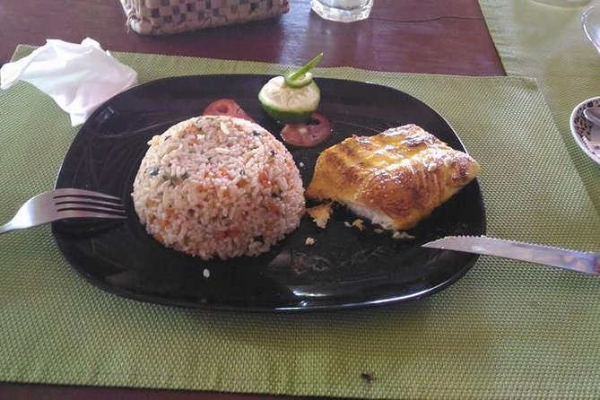 vegetable rice with fish fillet