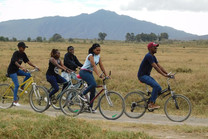 The Great Rift Valley Tour - L Bogoria, L Nakuru, L Naivasha and Hellsgate NP