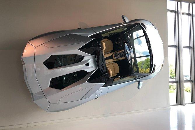 Black&Red Motor: Lamborghini, Ferrari Factory Tours & Museum, Lunch, transport