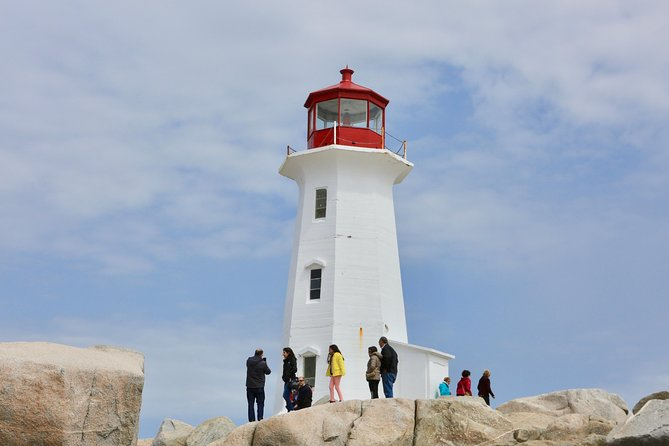 Peggy's Cove Day Trip from Halifax