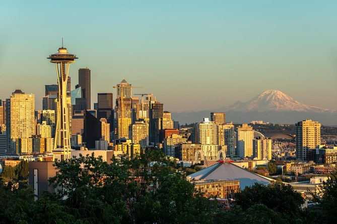 Kerry park with Mt. Rainier