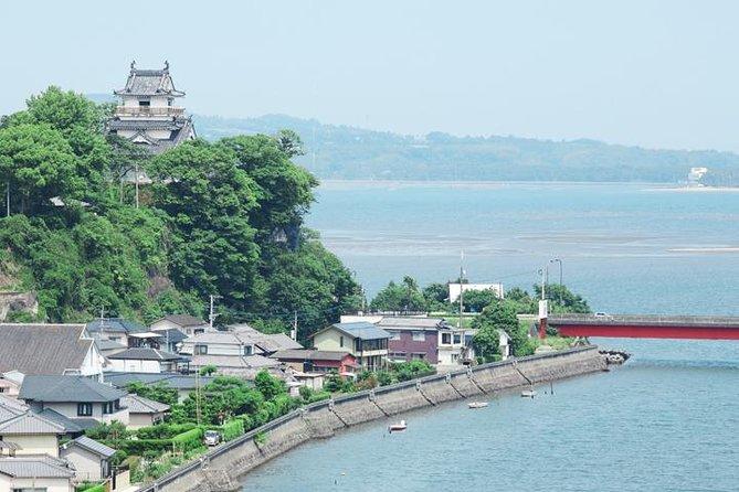 Travel around the Kitsuki castle town with English tour guide!