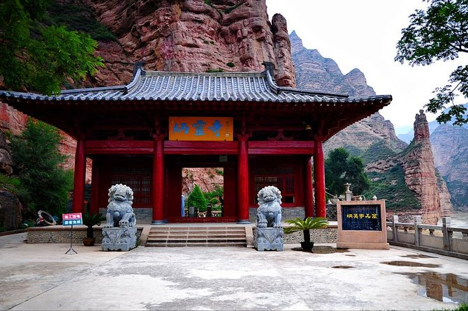 Lanzhou Private Round Trip Transfer to Liujiaxia and Bingling Temple photo 7