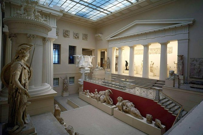 Private Tour of Pushkin Arts Museum with Hotel Pick-up