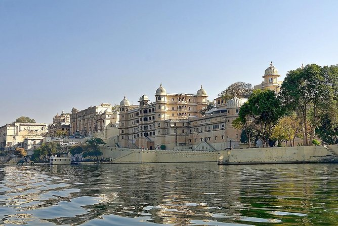 8 Days Golden triangle Tour with Udaipur